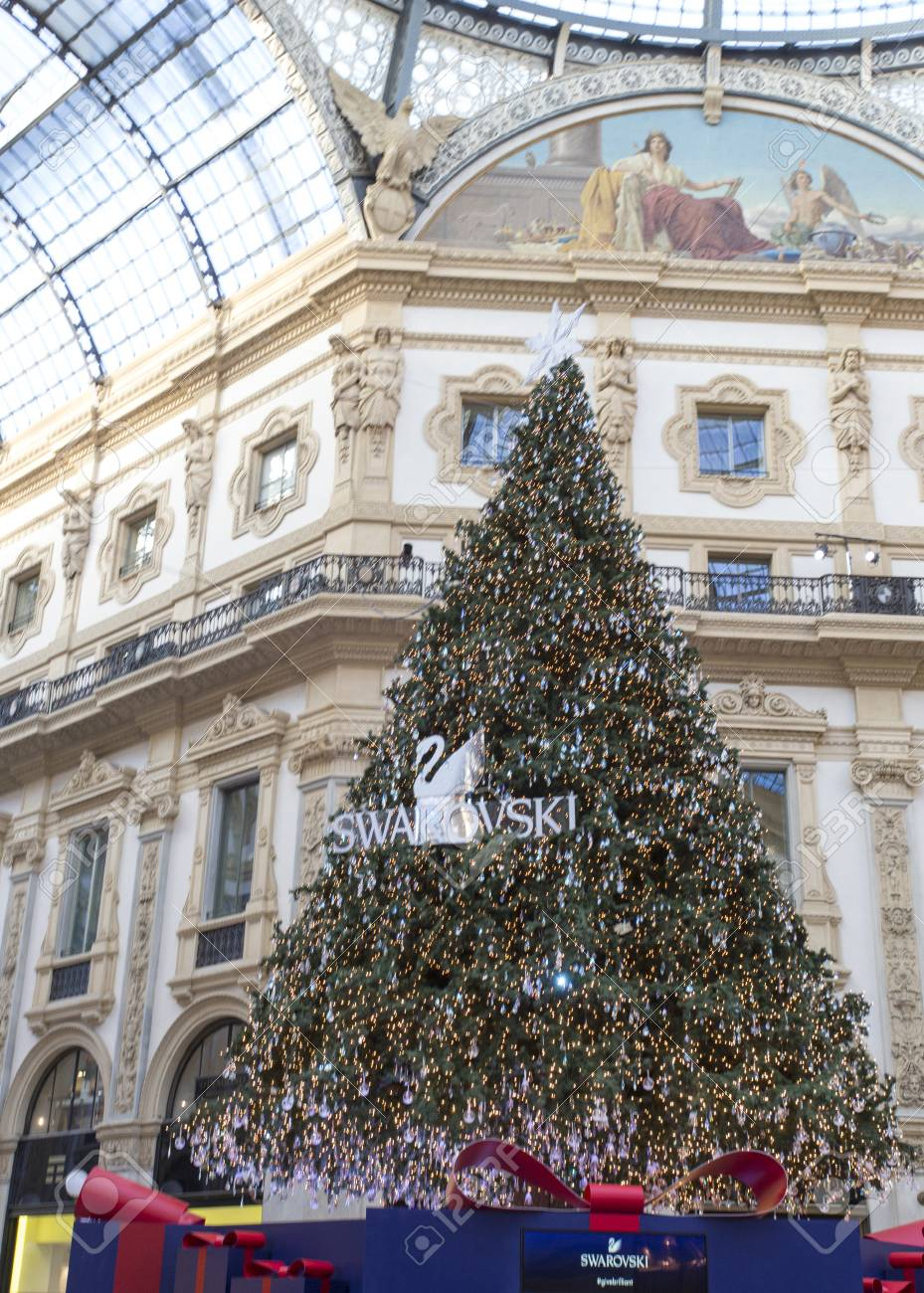 designer fashion 5c924 189d0 Milan, Italy - November 26, 2017: Swarovski Christmas tree in..