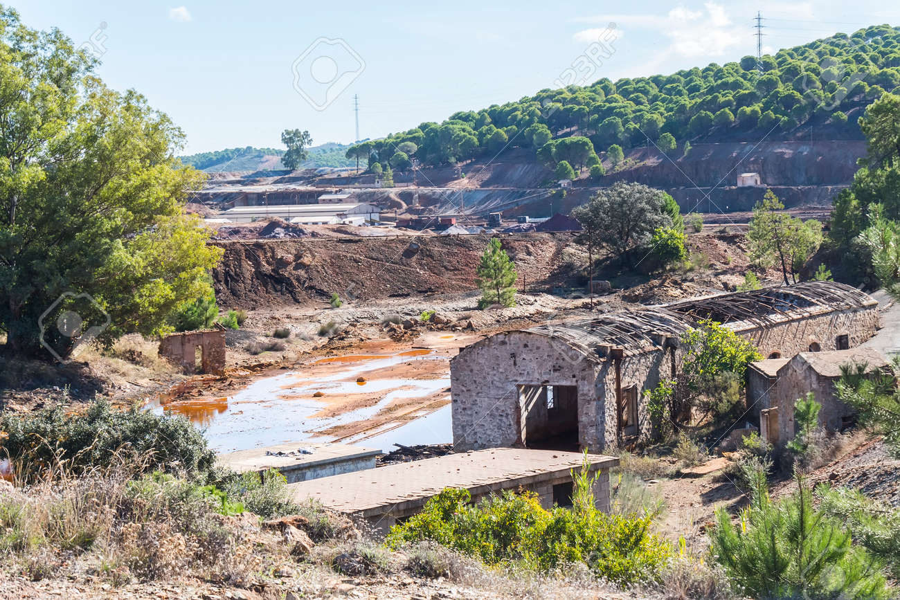 Remains of the old mines of Riotinto in Huelva (Spain) - 126098820