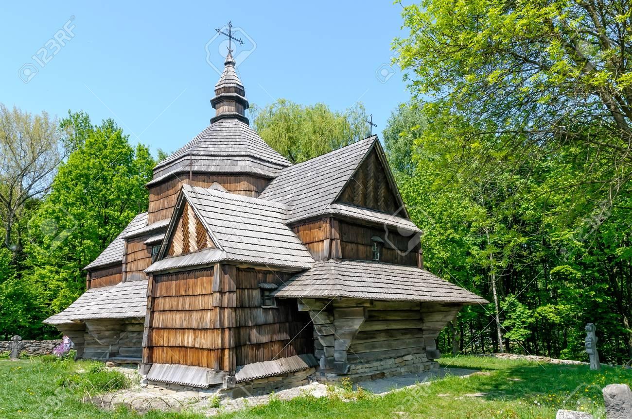 A typical ukrainian antique orthodox church in Pirogovo near Kiev Stock Photo - 18190573