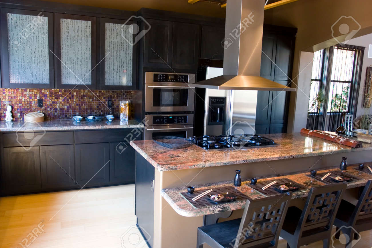 kitchen modern granite. Modern Kitchen With Granite Countertops Stock Photo - 1491564 T