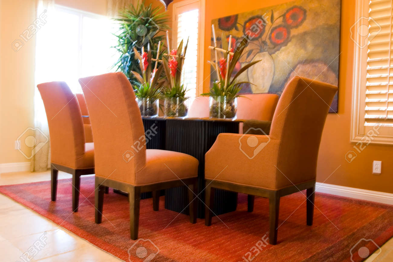 Modern tastefully decorated dining room Stock Photo - 1704192