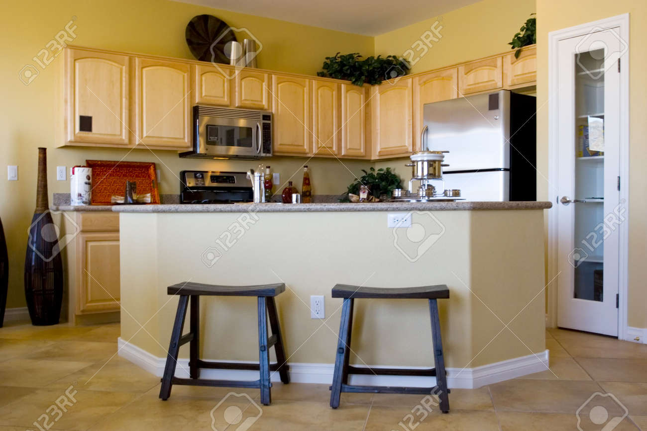 Modern kitchen with stainless steel appliances Stock Photo - 2733501