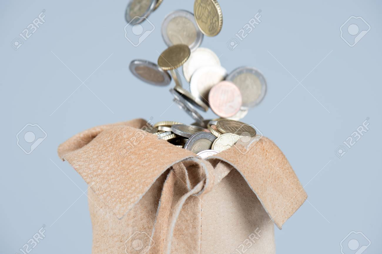 Volle Tasche Von Euro Münzen