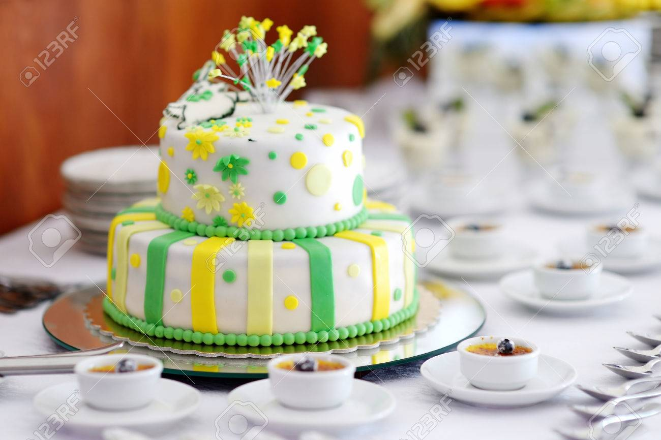 Traditional Wedding Cake Stock Photos. Royalty Free Traditional ...