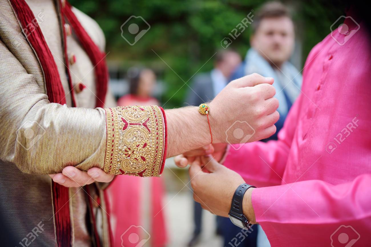 Famoso Vestidos De Novio Para El Matrimonio En La India Regalo ...