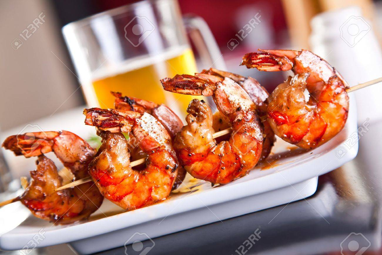 Shrimp grilled with beer Stock Photo - 12203094