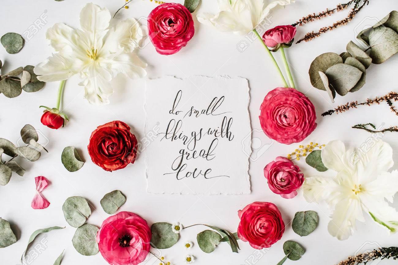 La Frase Hacer Las Cosas Pequenas Con Gran Amor Escrita En Estilo