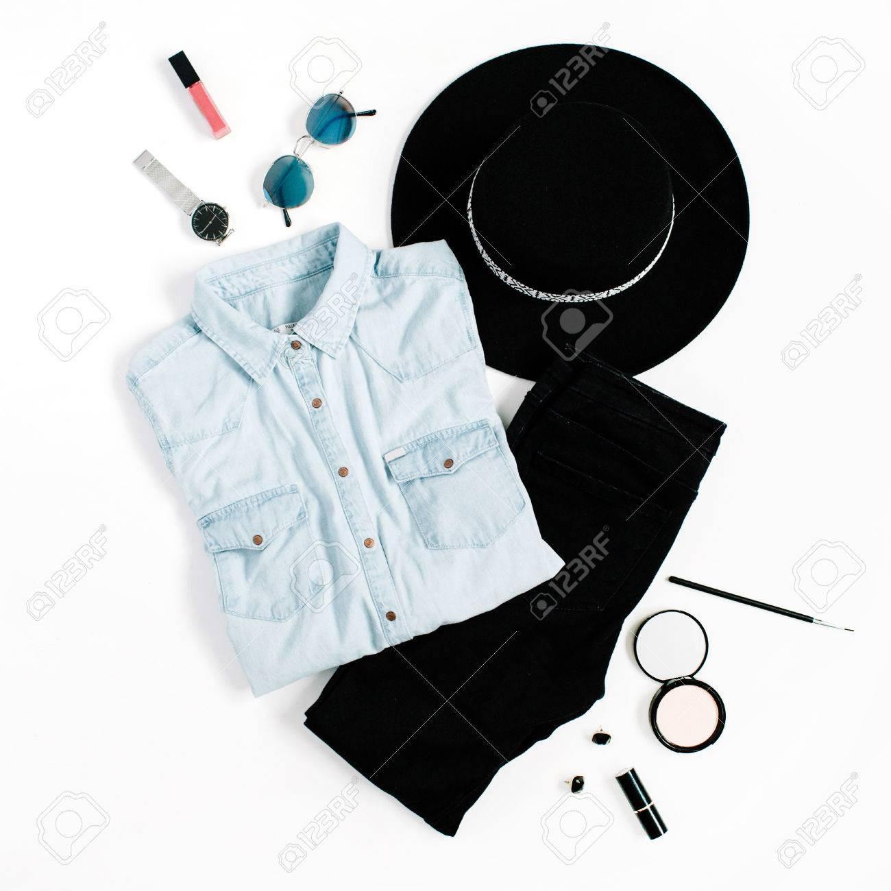 Concept de blog de beauté. Vêtements de femme et accessoires  chapeau, jeans , 964aa058c5d6