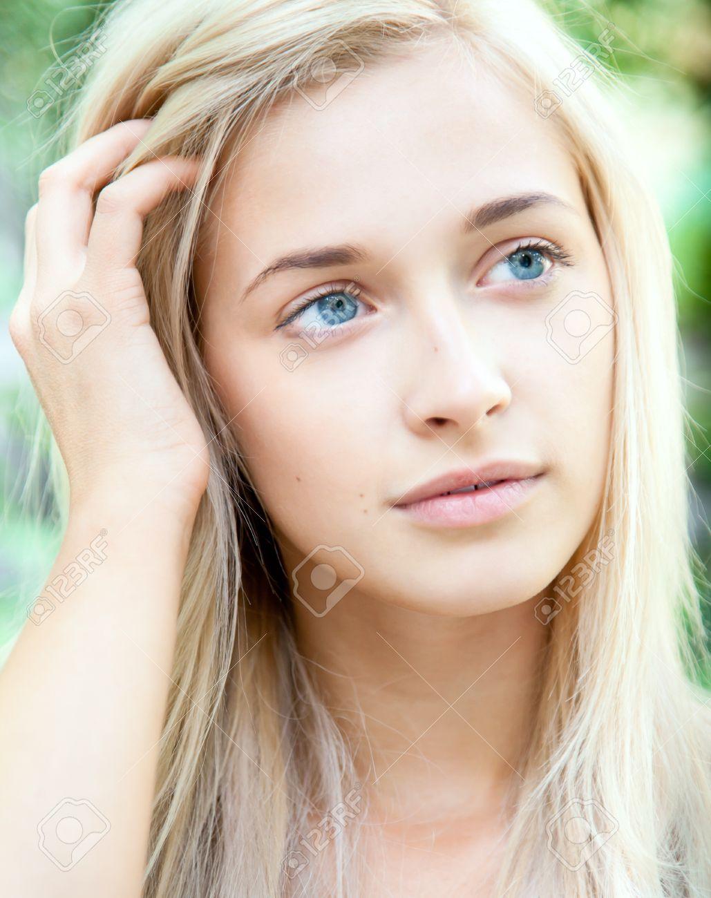 blonde mädchen