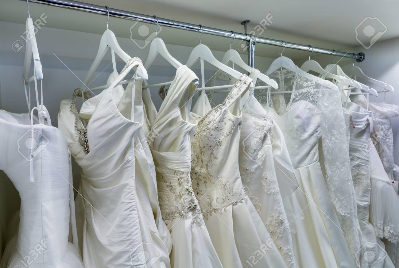 half off 4b750 86219 Collezione di abiti da sposa nel negozio