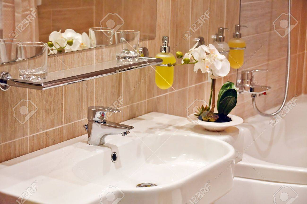 bath room in the hotel Stock Photo - 10259583