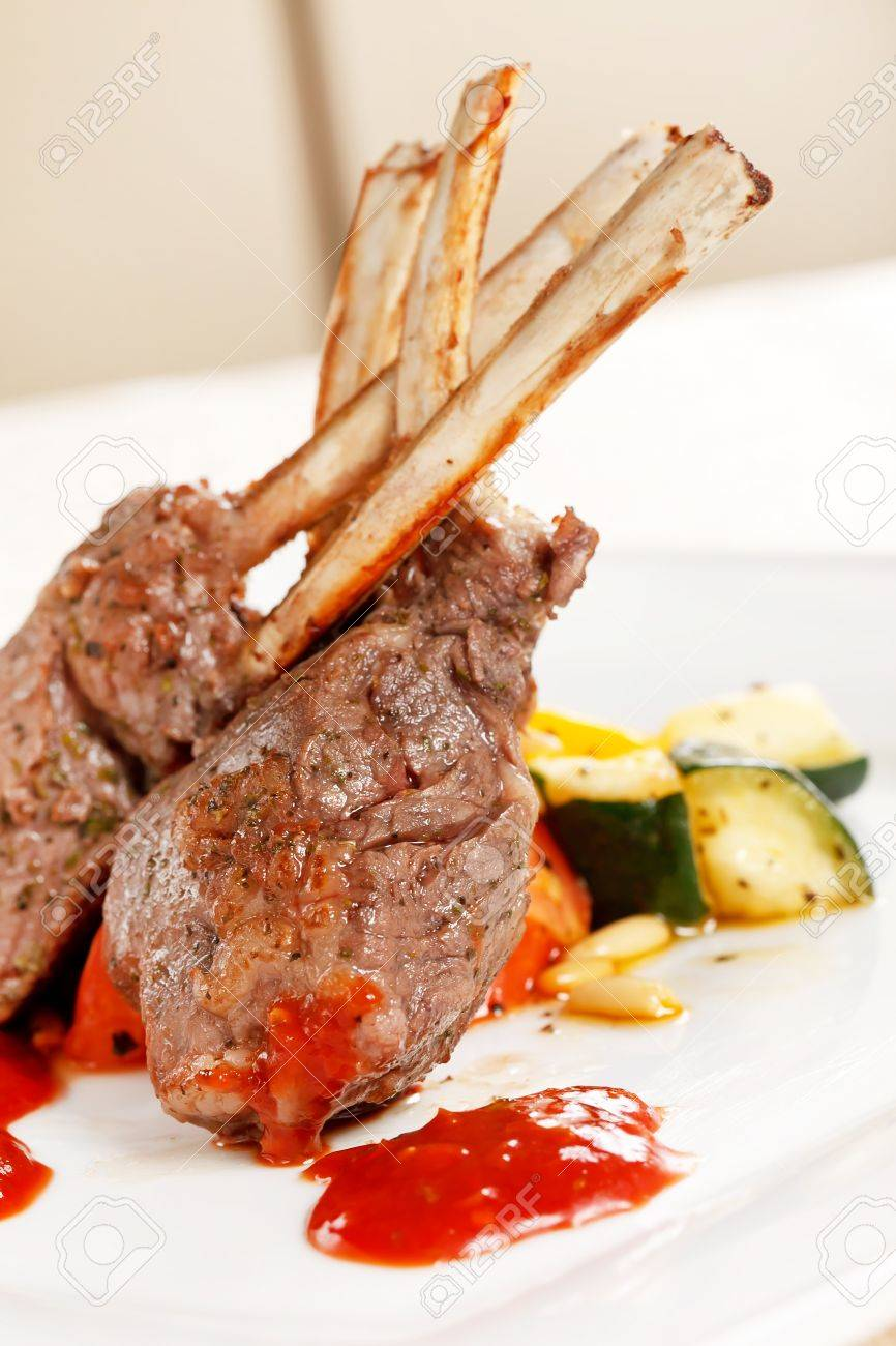Grilled meat ribs Stock Photo - 10441541