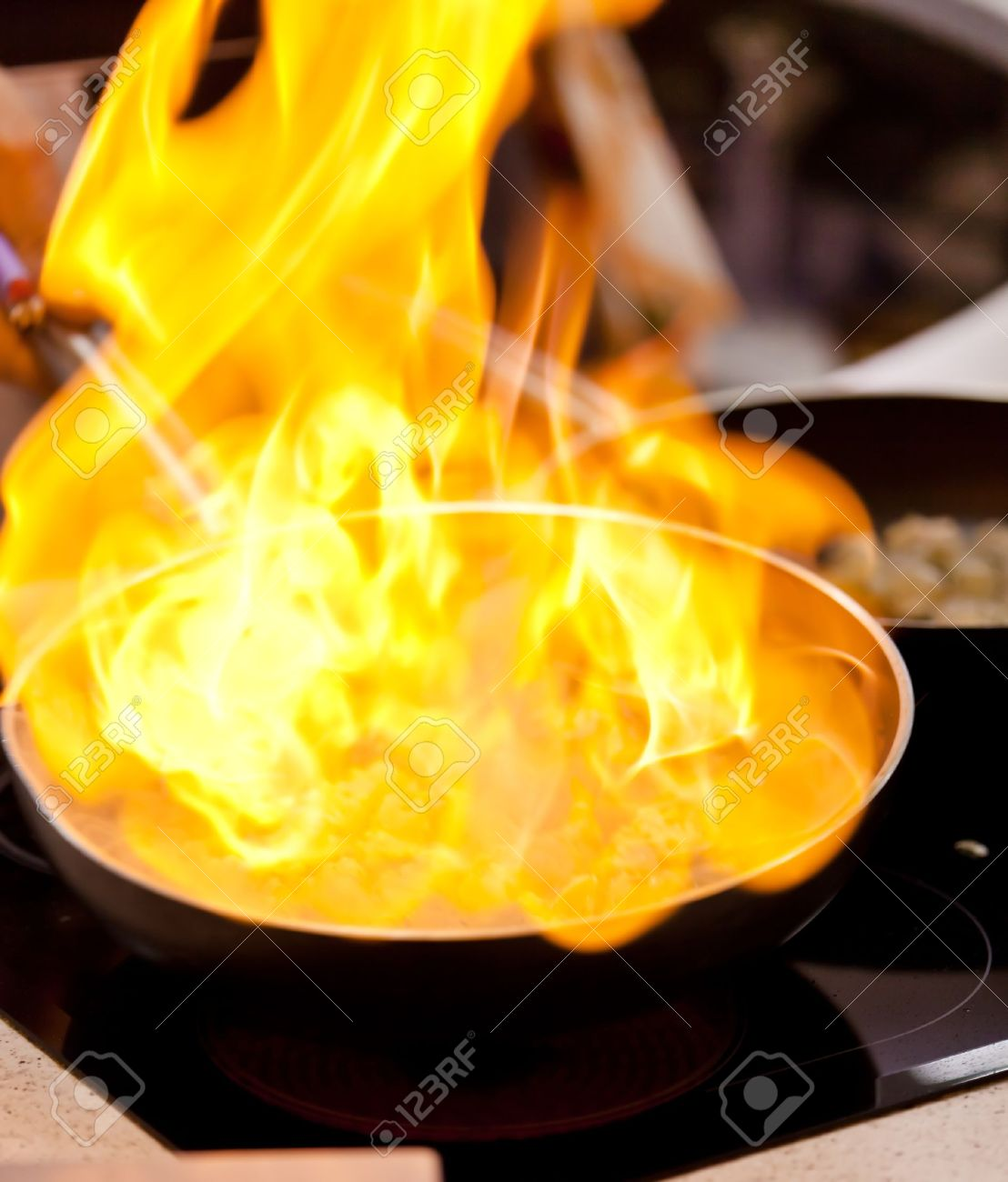 pot with fire Stock Photo - 12149511