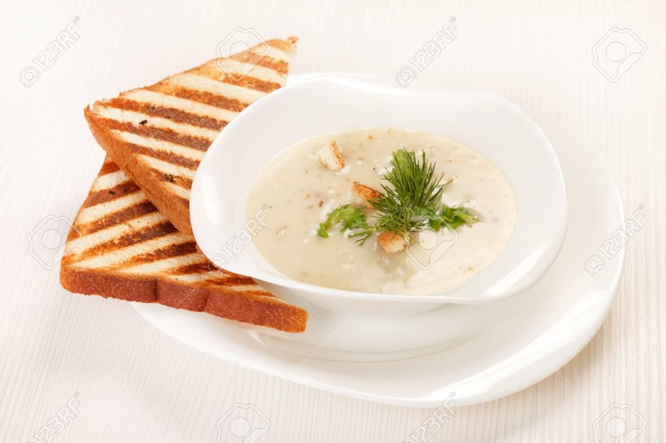 mushroom soup Stock Photo - 15503936