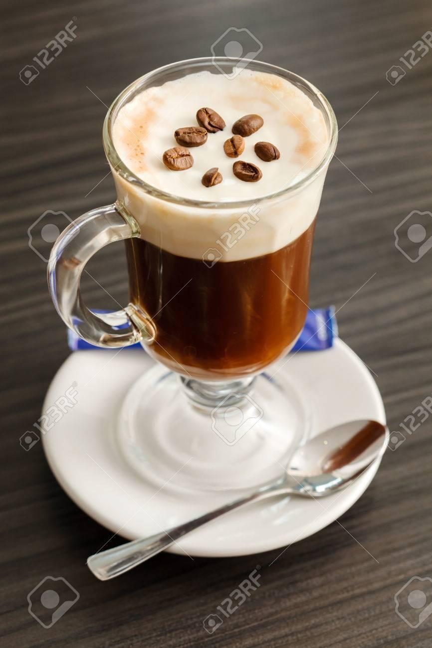 Tasse Kaffee Lizenzfreie Fotos, Bilder Und Stock Fotografie. Image ...