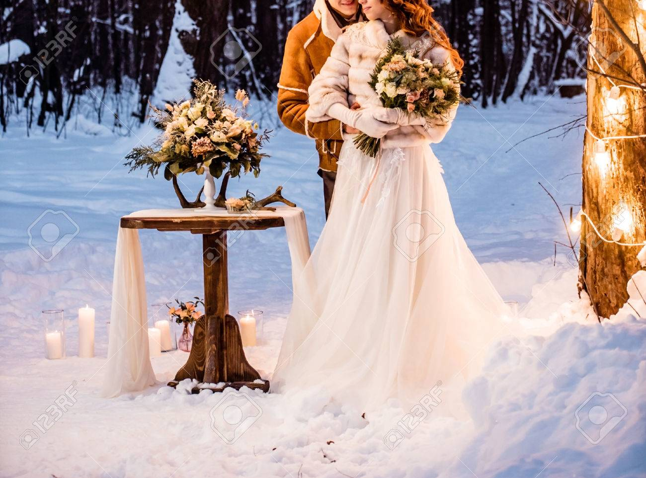 winter wedding - 53116387