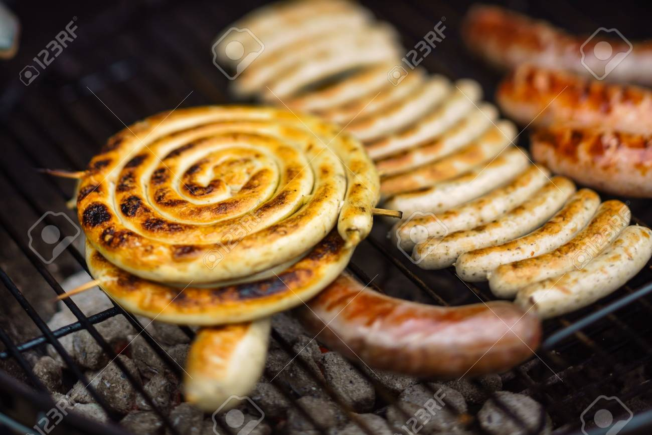 grilled sausages - 81518148