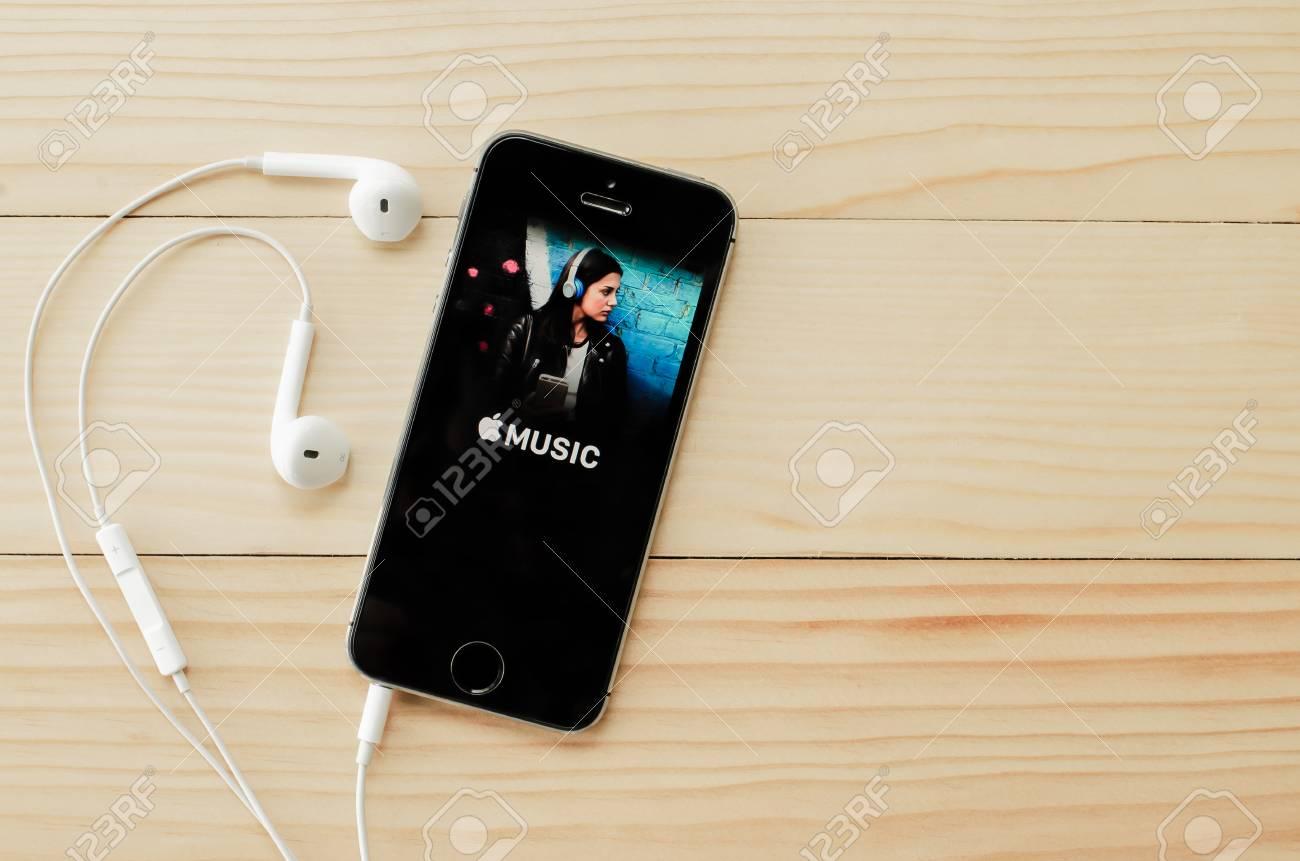 apple iphone 5s itunes