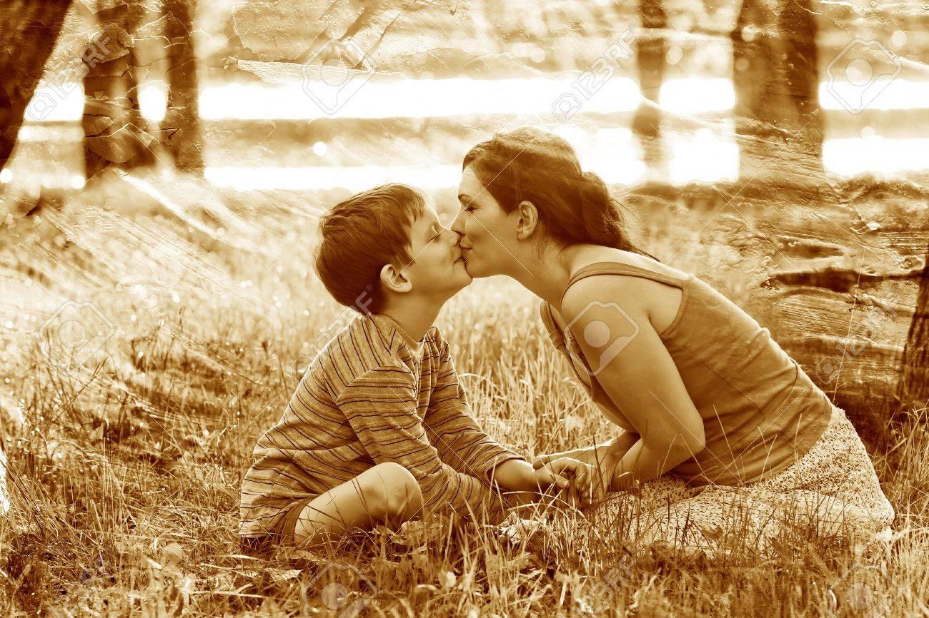 Рассказ как сын поимел маму, Рассказы, истории, о сексе. Мать и сын реальные секс 18 фотография