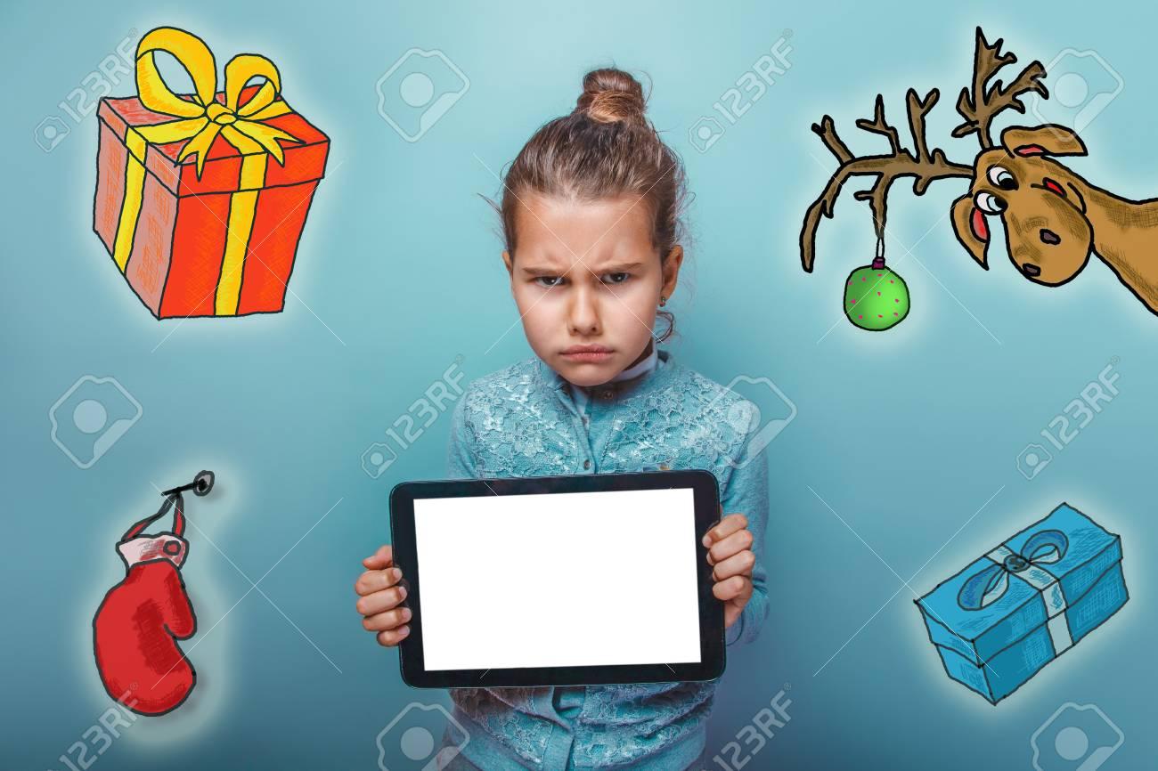 Weihnachten Mädchen Teenager Wütend Stirnrunzeln Hält Tablet-Skizze ...
