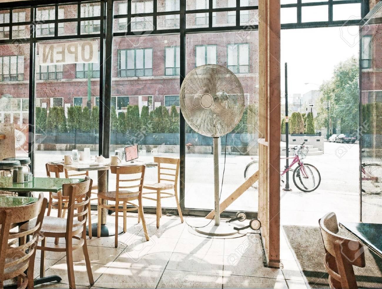 Cafe Stock Photo - 10751015