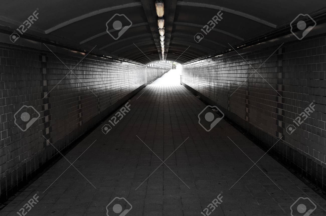 Tunnel Stock Photo - 15245237
