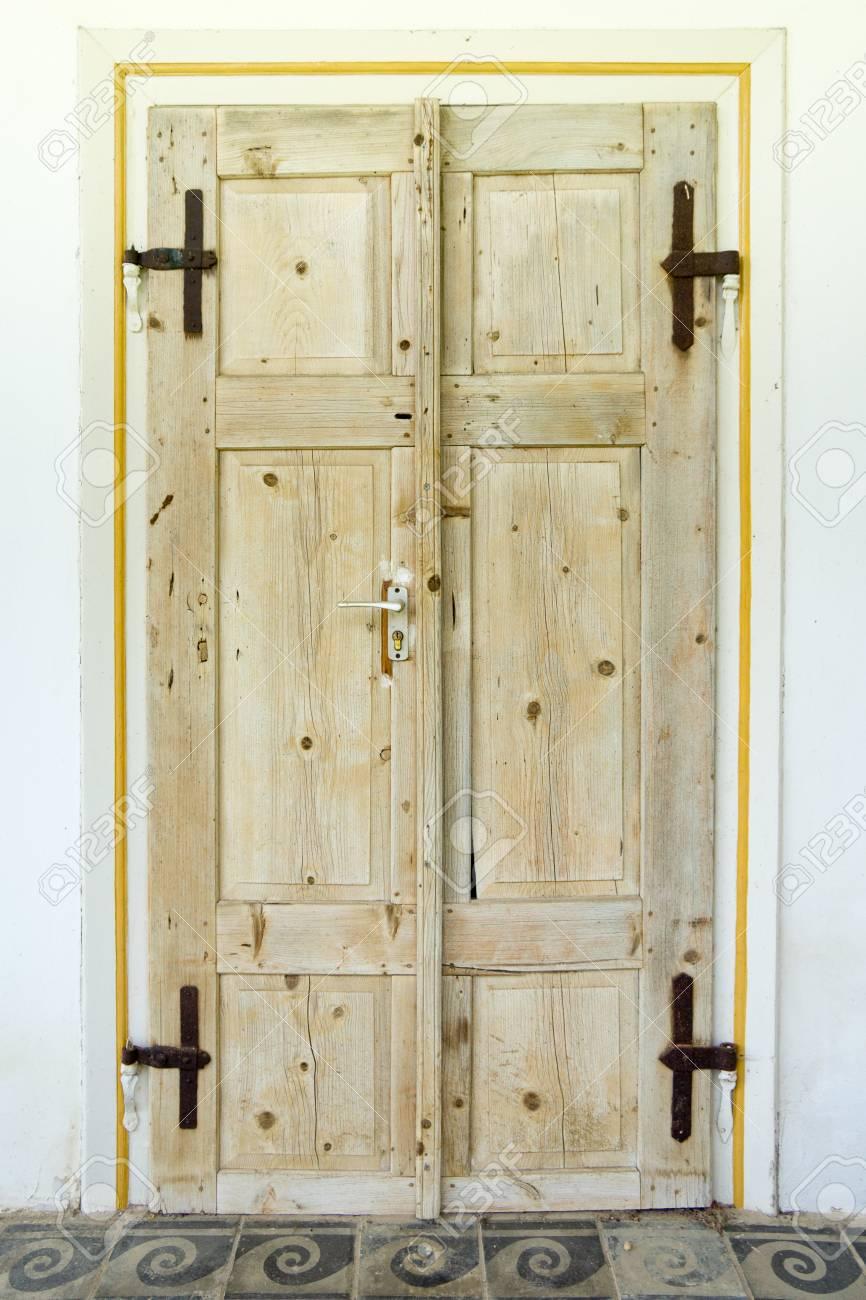 Hermosas Puertas De Madera Viejas En Una Granja De Hungria