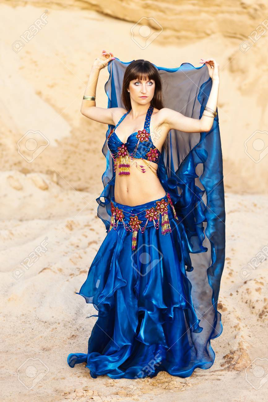 Belly dancer in blue lingerie. Stock Photo - 11432743