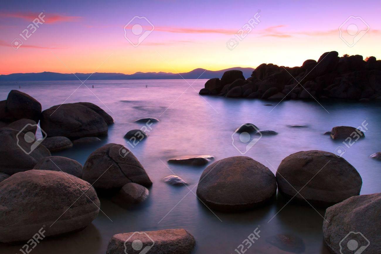 Lake Tahoe after sunset Lake Tahoe after sunset Stock Photo - 14458382