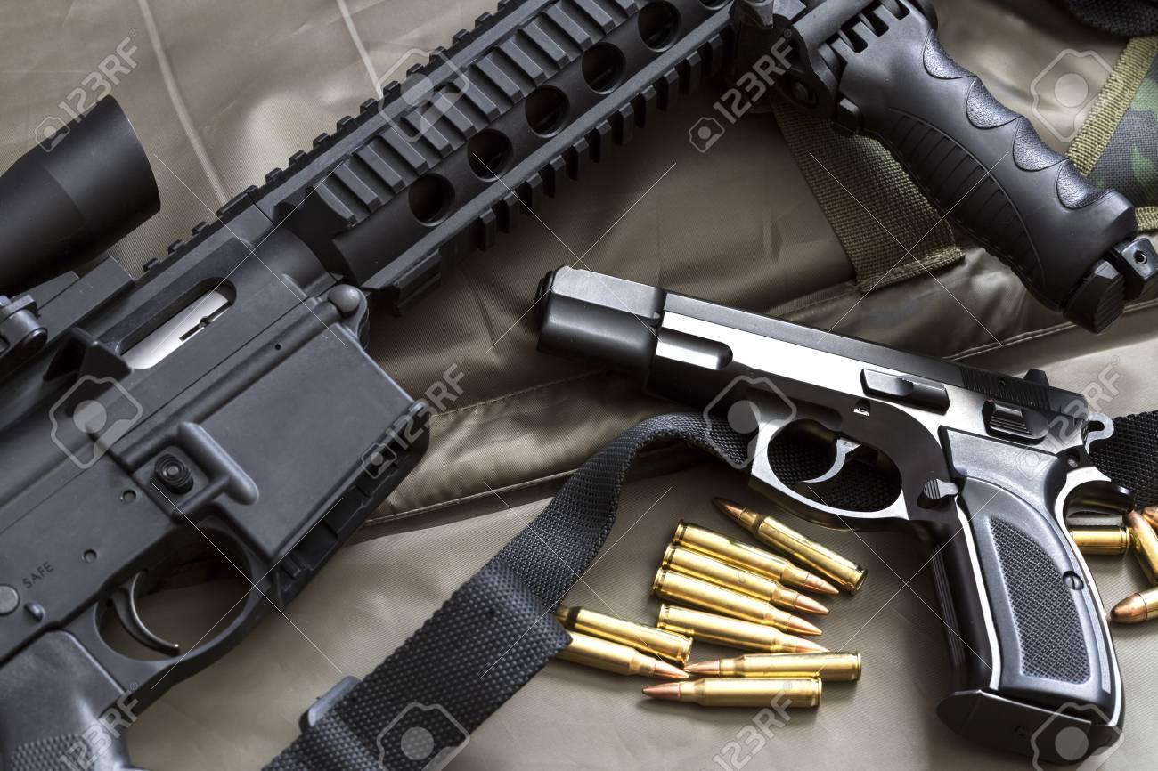 Handgun with rifle and ammunition - 75875496