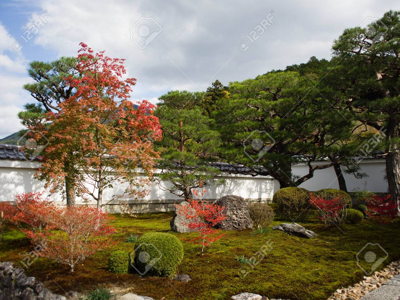 Japanese Zen Gardens In Kyoto Stock Photo, Picture And Royalty Free ...