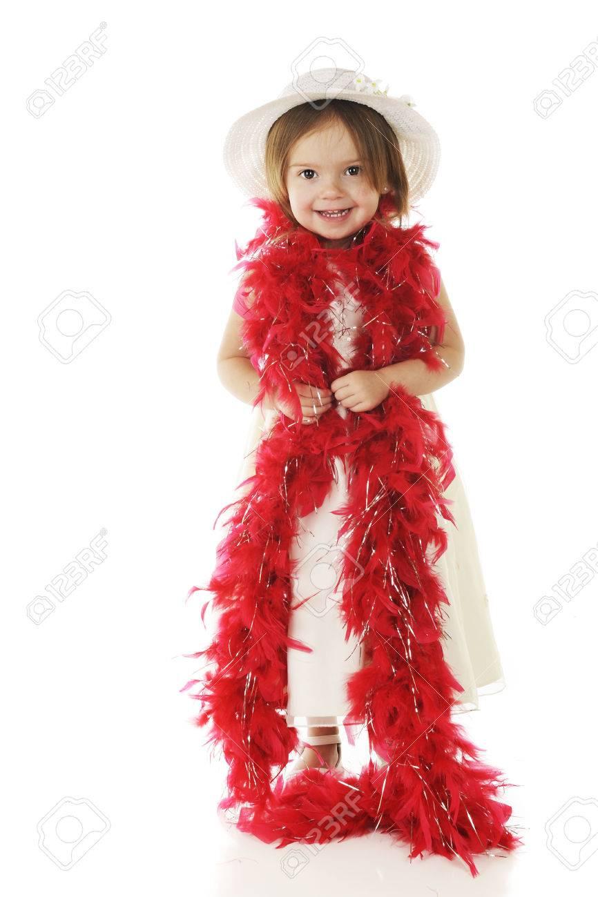 Immagini Stock Un Bambino In Età Prescolare Adorabile Vestita