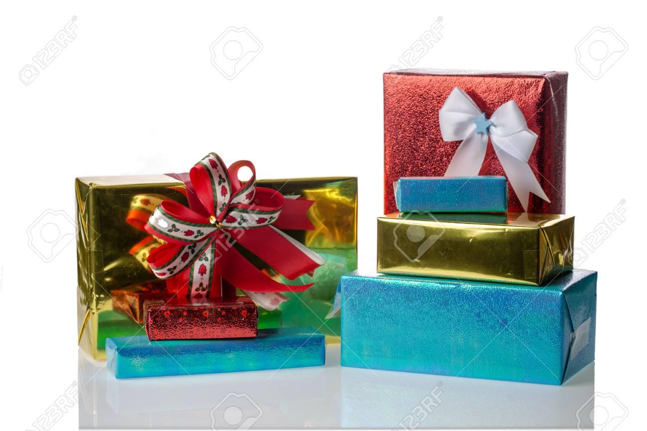 Scatole Per Regali Di Natale.Immagini Stock Mucchio Di Regali Di Natale Piu Scatole Image 33396951