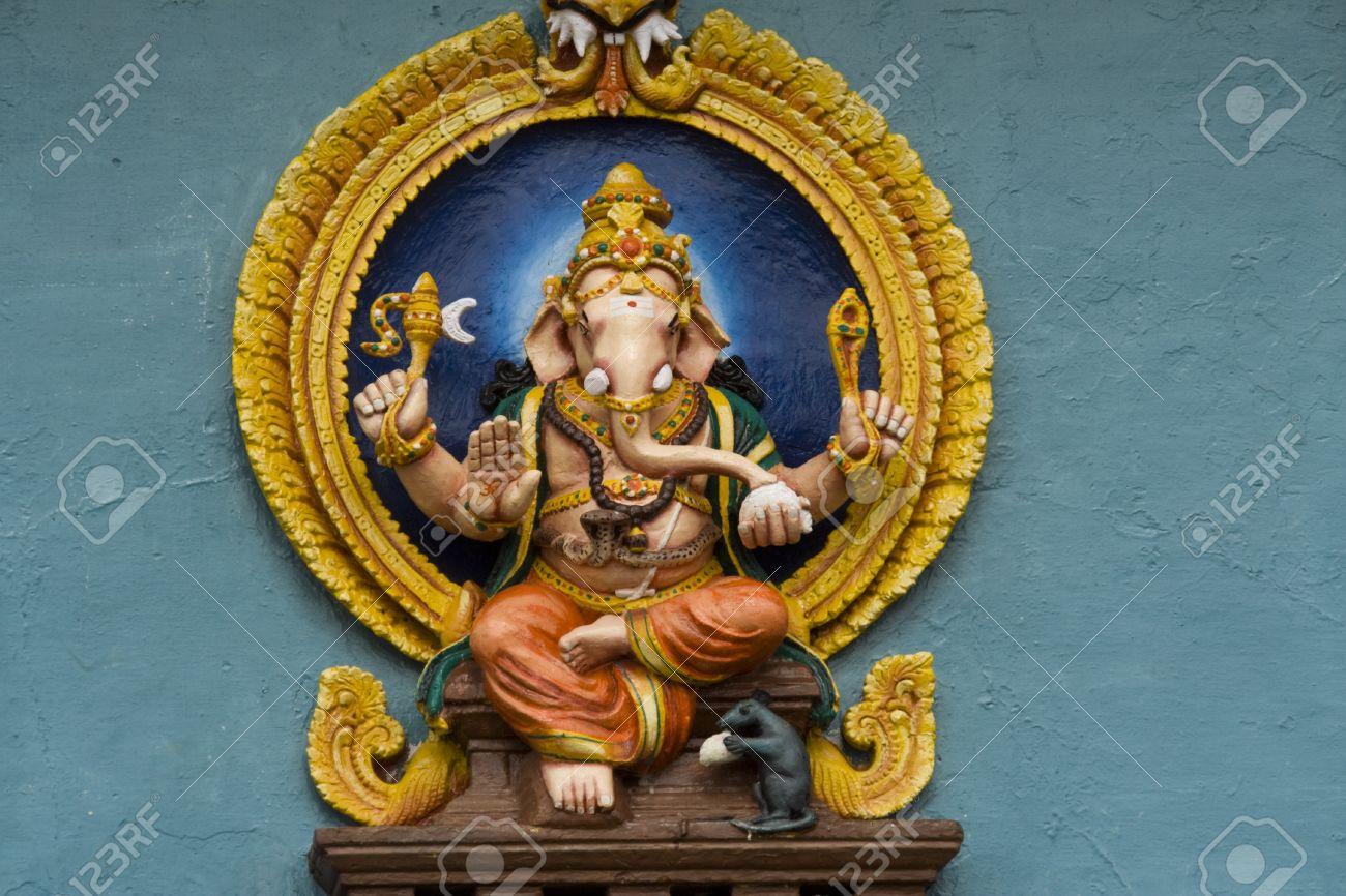 Idol of elephant headed Hindu God Ganesha at the entrance of Chamundeshwari Temple in Chamundi Hills, Mysore, Karnataka, India, Asia Stock Photo - 15142642