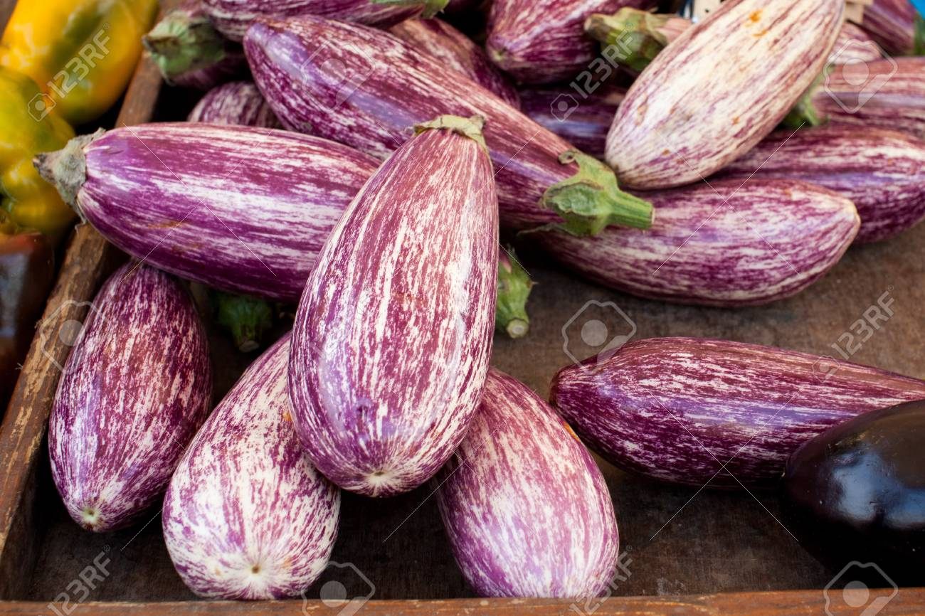 e515cdf7fa Box Of Fresh Eggplants At Market Booth Stock Photo, Picture And ...