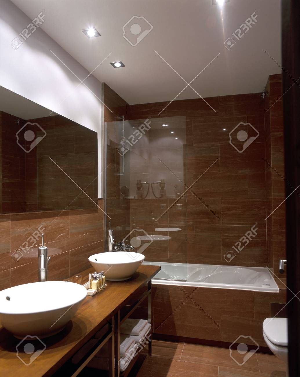 View of a neat bathroom Stock Photo - 7215269