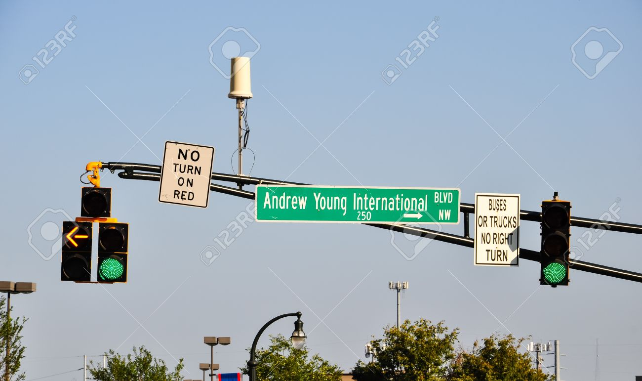 street sign with traffic light and cctv camera in atlanta georgia Stock Photo - 18997122 & Street Sign With Traffic Light And Cctv Camera In Atlanta Georgia ... azcodes.com