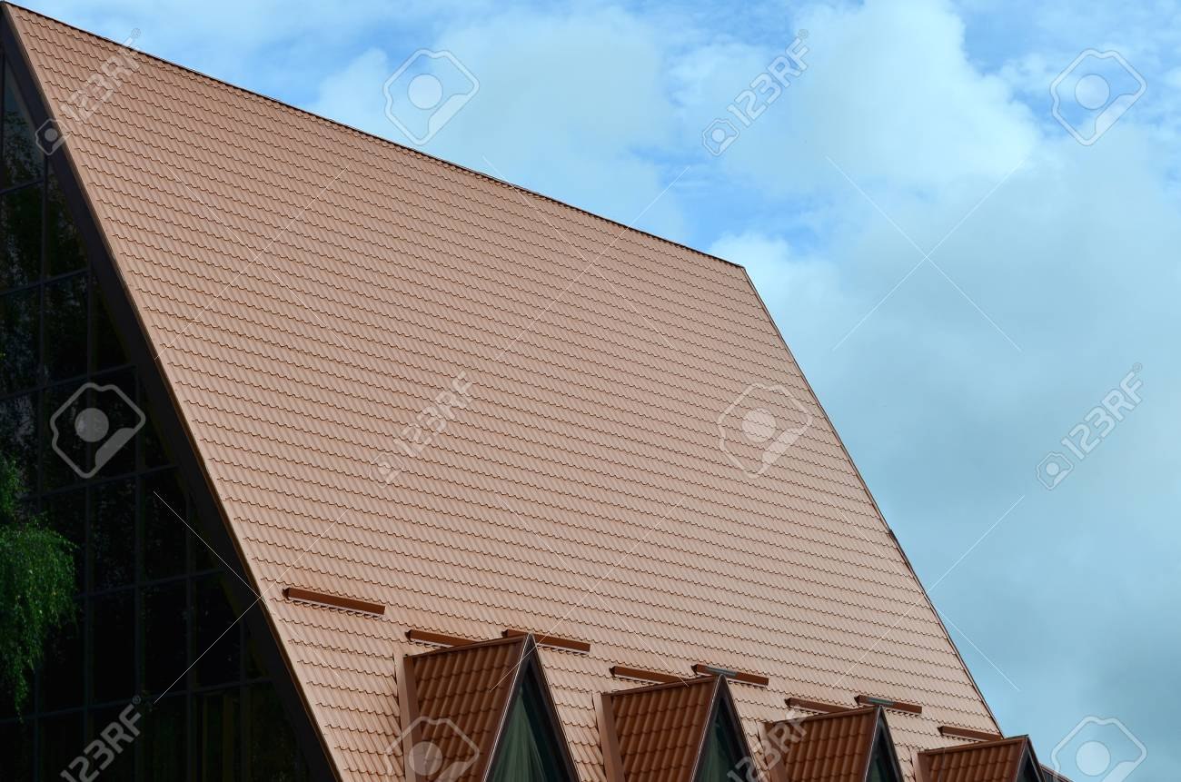 Metal siding. Reliable protection for the walls of a country house 27