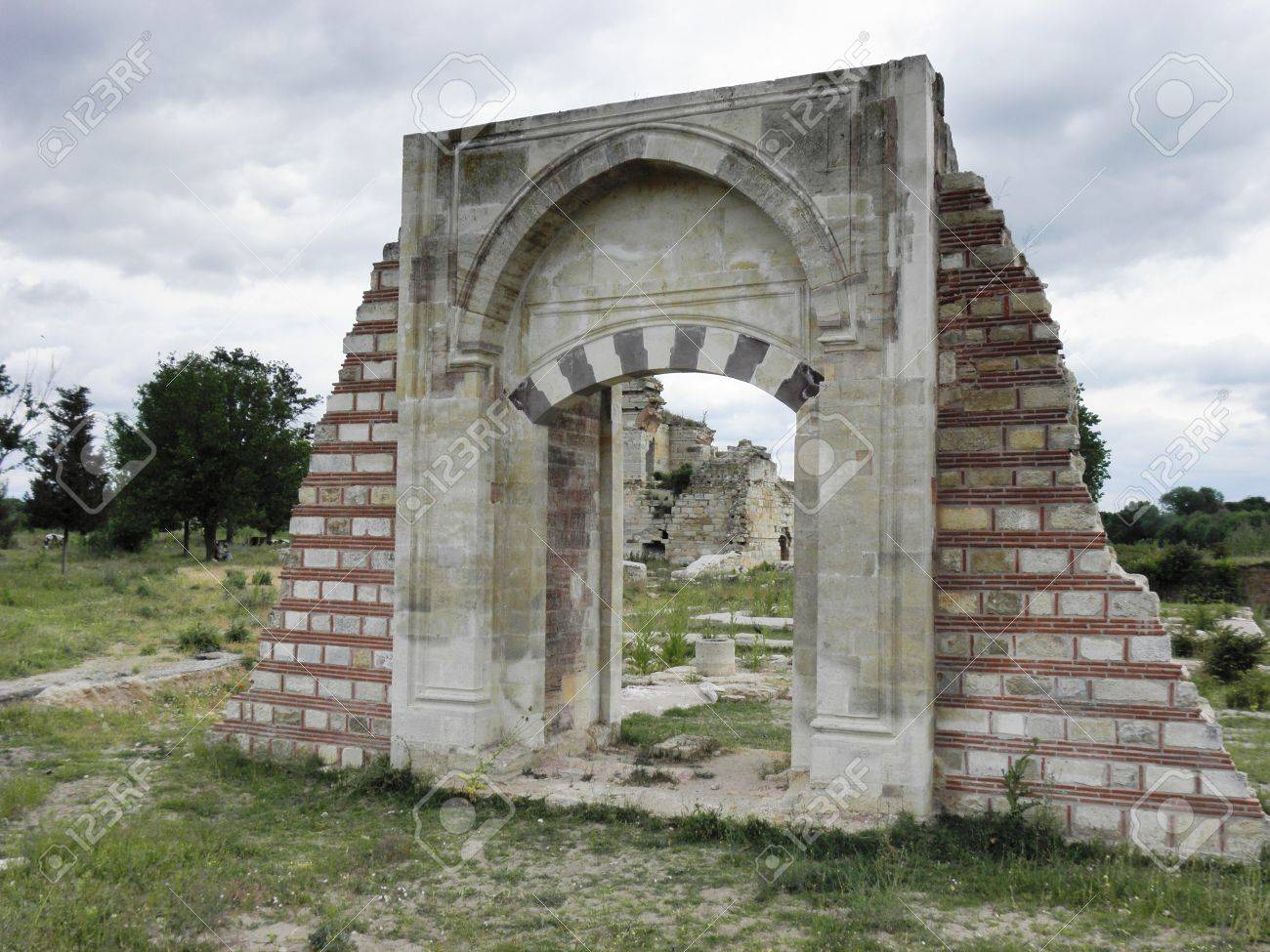 One of the gates of the palace of Mehmet the Conqueror in Edirne Stock Photo - 12603450