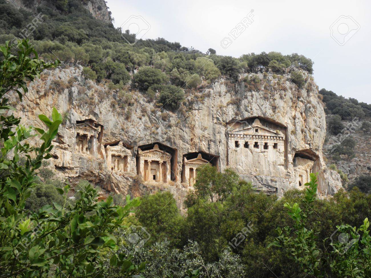 紀元前 4 世紀から王家の墓付近...