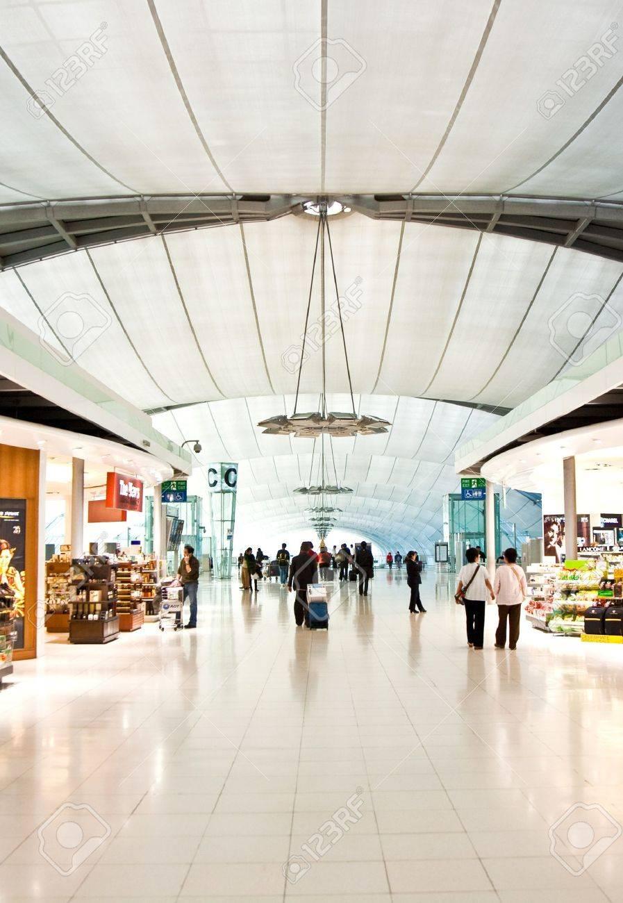 departure Gate and hall in the new Airport Suvarnabhumi in Bangkok Stock Photo - 10009135