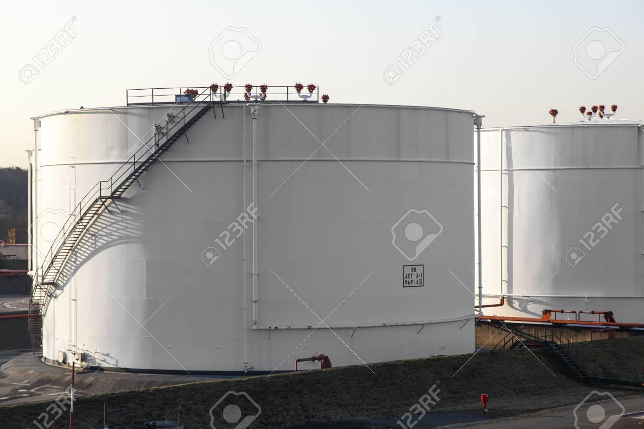 white tank in tank farm with blue sky Stock Photo - 12848983