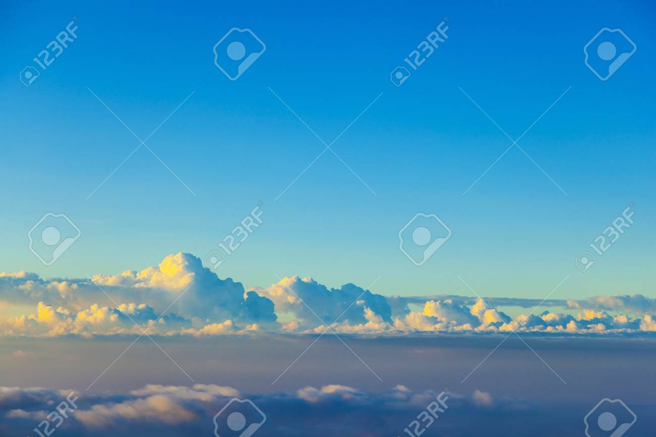 white cloudscape in the sky Stock Photo - 15118730