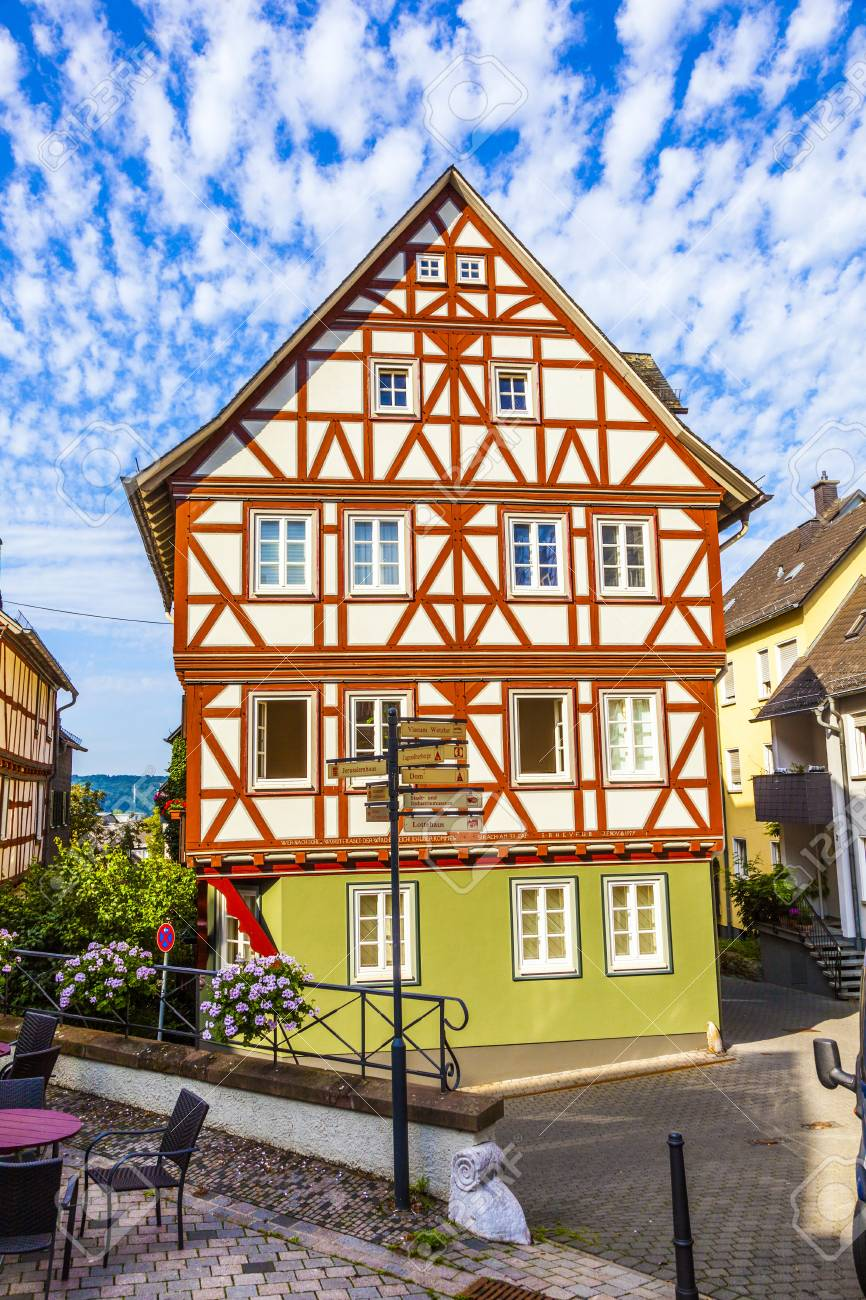 WETZLAR, GERMANY - AUG 26: old half timbered houses  with carvings on AUG 26,2011 in Wetzlar, Germany. Wetzlar was temporary home to the famous writer Goethe back in 1772. Stock Photo - 18144823
