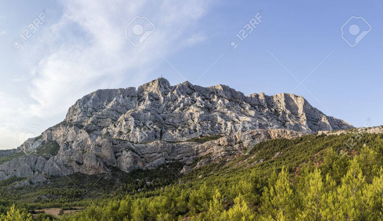 famous mount sainte-victoire in the provence, the Cezanne mountain - 84263945