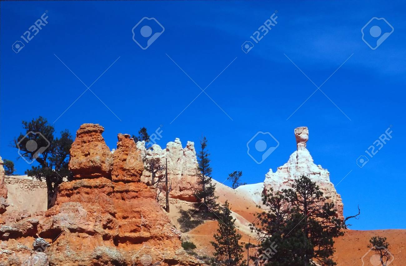Bryce Canyon National Park is a national park located in southwestern Utah in the United States. Contained within the park is Bryce Canyon. Despite its name, this is not actually a canyon, but rather a giant natural amphitheater created by erosion along t - 2897580