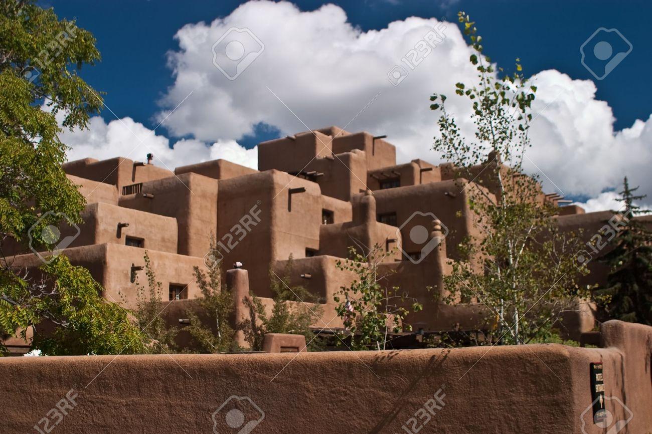 Santa Fe (Navajo: Yoo) Ist Die Hauptstadt Des Staates New Mexico. Es ...