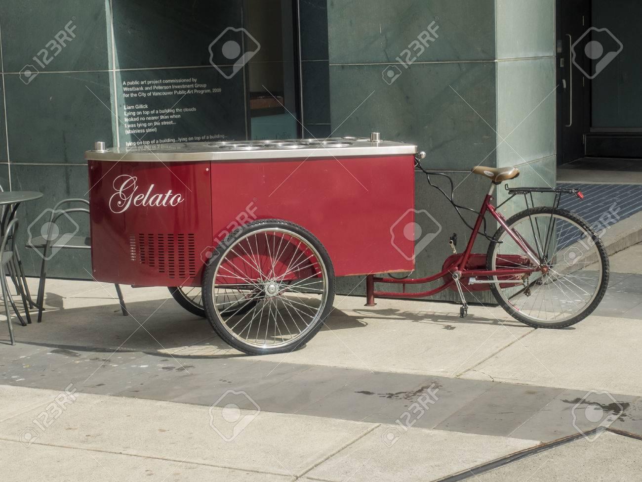 Dreirad Wagen Mit Kühlschrank Für Eis Mit 6 Geschmacksrichtungen ...