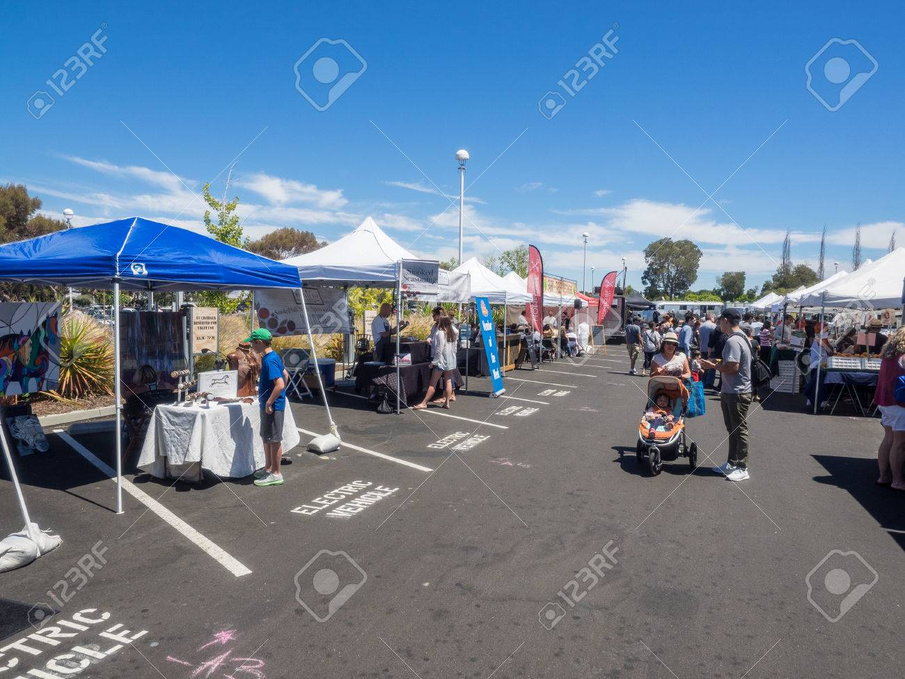 Menlo Park CAUSA June Car Show And Fathers Day Stock - Usa flea market car show