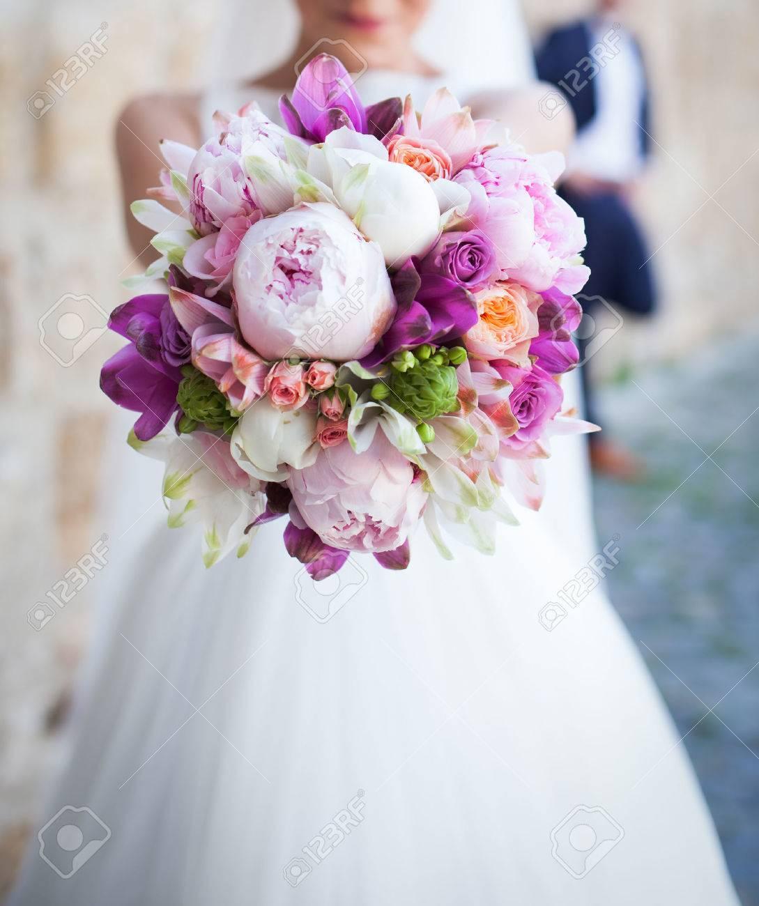 Wedding bouquet - 37402950